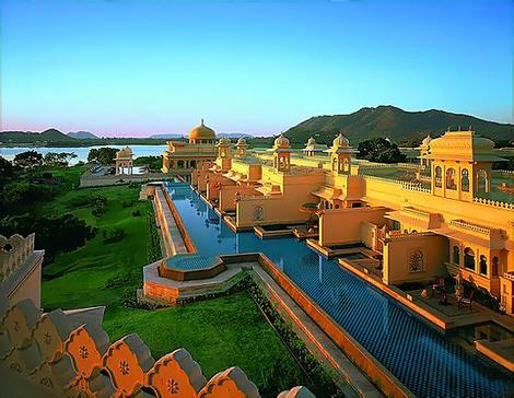 Exterior view of the Oberoi Udaivilas, Udaipur.