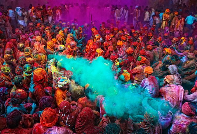 festival_of_colours_in_india_Listice